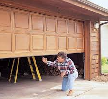 Finding a Well Rounded Company to Provide You with Great Garage Repair Service