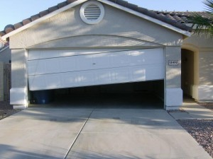 Plantation garage door repair service