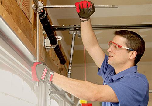 Hire a Trustworthy Sunrise Garage Door Repair Company
