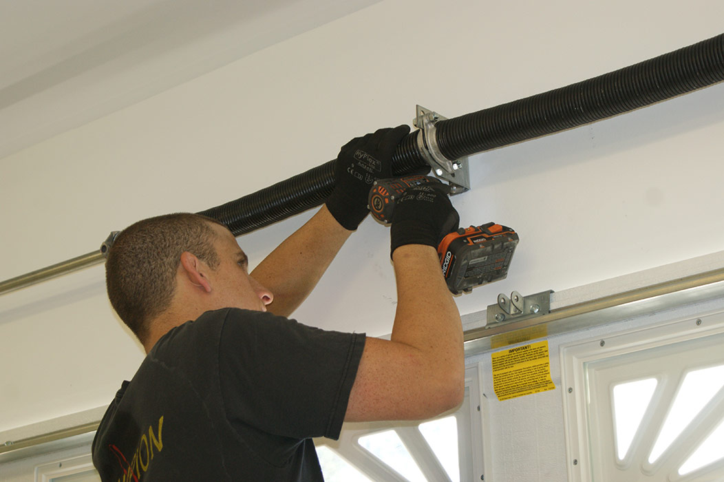 Garage Door Repair in Palm Beach