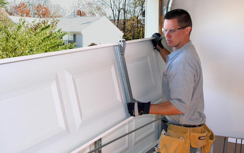 garage door repairs Weston