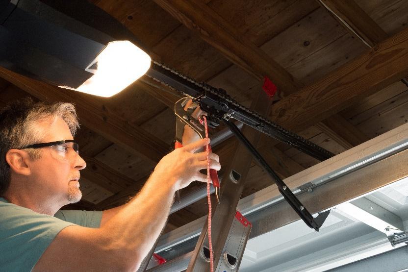 Get Affordable Weston Garage Door Repair