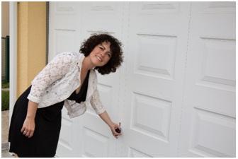 7 Essential Garage Door Security Tips