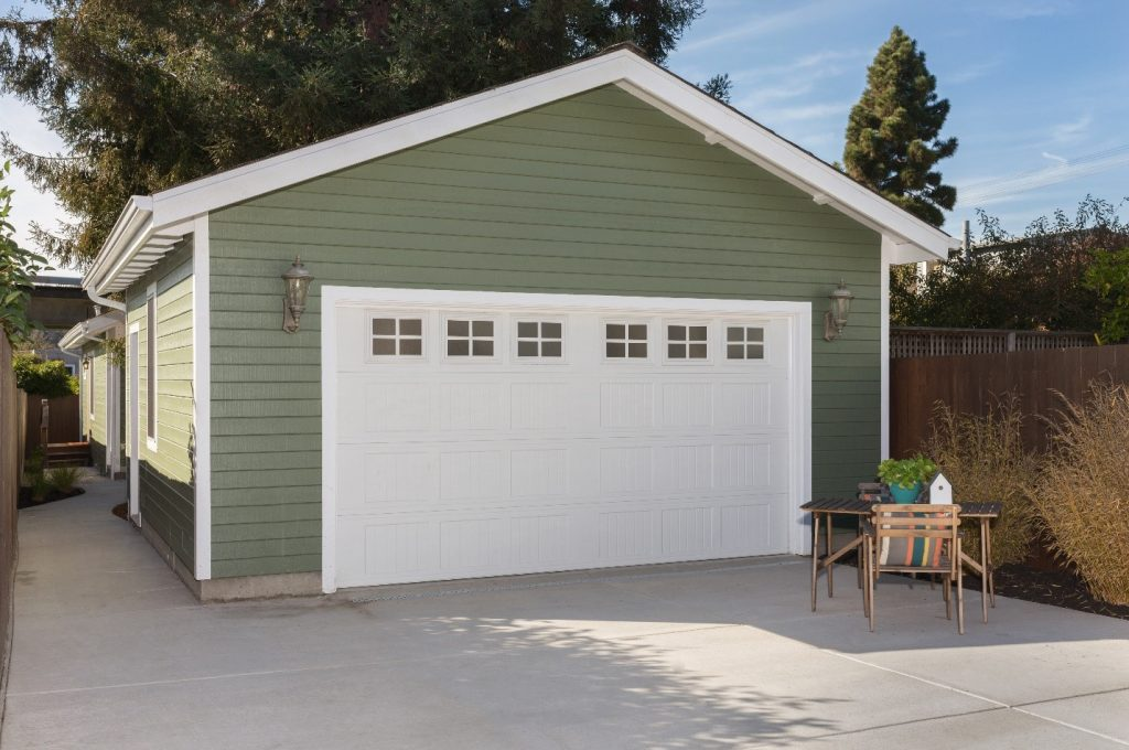 5 Signs It's Time for Garage Door Service in Davie