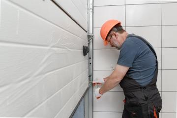 Garage door failure repair
