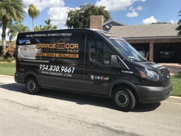 Garage Door Repair Services in Tamarac